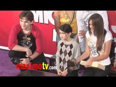 Michael Jackson Hand And Footprint Ceremony with Paris, Blanket and Prince Jackson