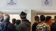 Regierung zu Rücknahme verpflichtet: 12.000 Flüchtlinge kommen zurück