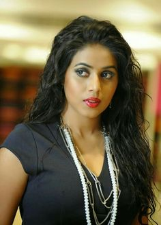 Shamna Kasim (Poorna) Actress Photos Stills Gallery South Indian Actress Hot, South Actress, Beautiful Indian Actress, Beautiful Actresses, Beautiful Women, Actress Anushka, Bollywood Actress, Hot Actresses, Indian Actresses