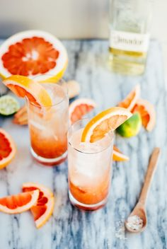 Pomelo Chili Paloma Cocktail #recipe #drink #partyidea #brunch