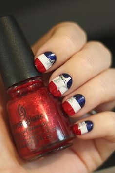 Patriotic Fingers: 4th of July Nail Art Ideas