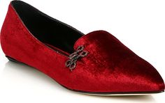 Oscar de la Renta - Winona Point Toe Velvet Flats - Bordeaux. Hued velvet construction in a point toe silhouette for effortless sophistication. Velvet upper. Point toe. Slip-on style. Patent leather tirm. Leather lining and sole. Padded insole. Made in Italy. #footwear #OscardelaRenta #shoes #trendy #stylish #velvetshoes