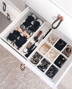 Learn How To Organize a Messy Room with these 39 Decluttering Ideas - Walk In Closet - Small Apartment Organization, Home Organisation, Closet Organization, Makeup Organization, Organizing Ideas, Decluttering Ideas, Bathroom Drawer Organization, Organization Ideas For The Home, Small Apartment Closet