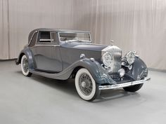 Classic Car News – Classic Car News Pics And Videos From Around The World Classic Motors, Classic Cars, Vintage Cars, Antique Cars, Classic Rolls Royce, Rolls Royce Cars, Car Photos, Old Cars, Motor Car