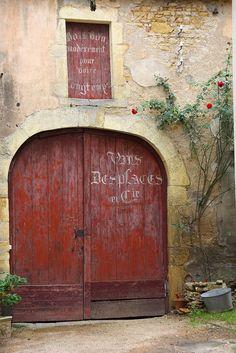 Garage doors Charolles.