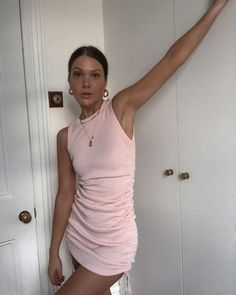 There is 1 tip to buy dress. Pink Mini Dresses, Pink Dress, Cute Dresses, Cute Casual Outfits, Simple Outfits, Summer Outfits, Buy Dress, Womens Fashion, Fashion Tips