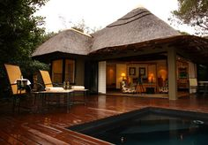 Shamwari Game Reserve has some excellent accommodation available, according to @paulhjohnson of A Luxury Travel Blog!