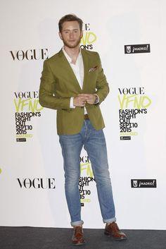 http://www.trendenciashombre.com/tendencias/aprobados-y-suspensos-looks-masculinos-de-la-vogue-fashion-s-night-out-madrilena