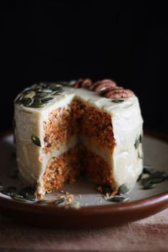 This Rawsome Vegan Life: RAW VEGAN CARROT CAKE with CREAMY CASHEW LEMON FROSTING