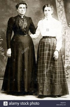 Download this stock image: This photo of two Portuguese women who had emigrated from the Azores to New Bedford, Massachusetts, dates to about 1900. - BG2ATD from Alamy's library of millions of high resolution stock photos, illustrations and vectors.