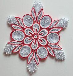 Vianočnú hviezdu som vytvorila technikou quilling. Použila som biely a červený papier, po dohode môžem vyrobiť aj v inej farebnej kombinácii. Je vhodná ako vianočná dekorácia do okna, k adventnému ...