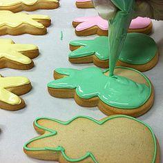 Bunny cookies #flourandsun #easter #cookies