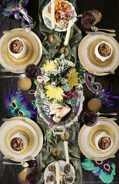 Mardi Gras Party Menu & Tablescape - Celebrate at home, Host a carnival party that celebrates the flavors of New Orleans. Plan a dinner party with these id, Mardi Gras Beads, Mardi Gras Party, New Orleans Party, Mexican Birthday, Buffet, Mardi Gras Decorations, Dinner Themes, Party Entertainment, Birthday Celebration