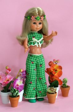 "Nancy en el jardín | Nancy doll with her outfit ""In the Gard… 