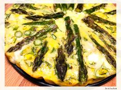 Tarta fara crusta cu sparanghel si dovlecel Vegetable Pizza, Quiche, Vegetables, Breakfast, Morning Coffee, Quiches, Vegetable Recipes, Veggies