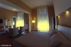 Opção de hotel em Montefiascone – arredores de Roma / Escolho Viajar Palazzo, Bed, Furniture, Home Decor, Traveling, Rome, Decoration Home, Stream Bed, Room Decor