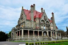 Craigdarroch Castle was built in Victoria, British Columbia, Canada. Victoria Vancouver Island, Beautiful Castles, Beautiful Places, Victoria British Columbia, Puzzle Of The Day, Jefferson County, Places Of Interest, Places To Go, Things To Do