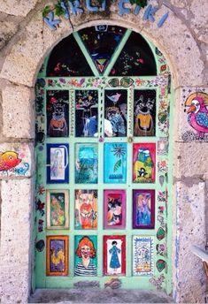 Alaçatı, İzmir, Turkey. This door is so me! Perfect door for my studio.