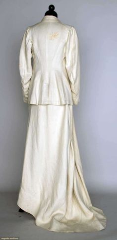 Ladies' White Riding Habit, ca.1910