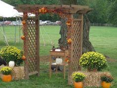 Fall wedding alter - so cute