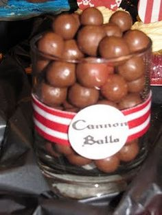 Cannon Balls and other cute snacks for the pirate party! Could also use cheese balls or meatballs Pirate Fairy Party, Pirate Theme, Pirate Wedding, Pirate Food, Pirate Snacks, Party Deco, Party Party, Pool Party Snacks, Sofia Party
