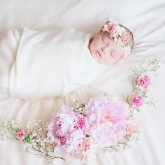 I don't know if I'll ever get the opportunity to use fresh flowers again at a newborn session....BUT MAN AREN'T THEY BEAUTIFUL!?? #philadelphiaphotographer #njphotographer #njphotography #newjerseyphotographer #newjerseyphotography #horshamphotographer #horsham #newborn #newbornphotography #newborns #newbornphotos #babyphotos #newborninspiration #babytime #newbornprops #newbornphotographer #phillynewborn #phillynewbornphotographer #babiesofinstagram #njnewbornphotographer…