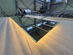 간접조명거울 이면형 입니다. 좌우측 에서만 빛이 나오는 구조입니다. 안정된 컬러.. 전구색 입니다. #간접조명거울, #제작조명거울, #엘케이비주얼, #제작거울, #디자인거울 Lighted Mirror, Mirror With Lights, Ping Pong Table, Furniture, Home Decor, Decoration Home, Room Decor, Home Furnishings, Home Interior Design