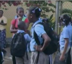 Estudiantes Demandan Servicios Básicos En Escuela De Hato Mayor