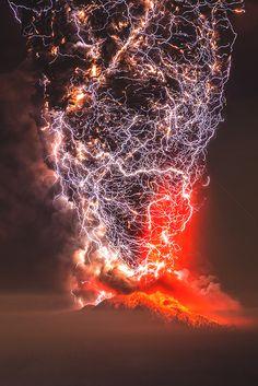 vividessentials:  Calbuco Eruption | vividessentials