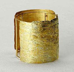 By Stefano Marchetti. 2003. Gold.