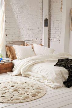 Bohemian Doona Duvet Cover Queen White Pompom Mandala Comforter Hippie Dorm Decor Bedding Sheet Boho Bedspread With 2 Pillow 2 Cushion Cover - Dream Home - Boho Bedding Bedroom Loft, Bedroom Inspo, Home Bedroom, Bedroom Decor, Bedroom Beach, Bedroom Ideas, Modern Bedroom, Eclectic Bedrooms, Budget Bedroom