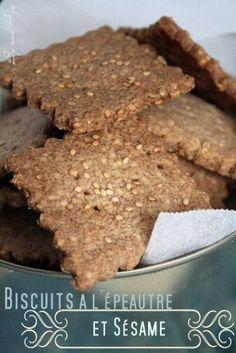 J'ai découvert cet été des biscuits épeautre sésame bio chez Leader Price et j'ai été conquise, ils sont vraiment très bons. Toutefois un bémol en lisant les ingrédients qui les composent, il y a encore et toujours de l'huile de palme et d'autres noms...