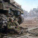3,917 vind-ik-leuks, 8 reacties - World War II History (@worldwar2historypics) op Instagram: 'American troops from the 63rd Infantry Division in France, 1944. #WWII #WW2 #History #war #wars…'