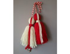 РОДОВА МАРТЕНИЦА С ХЛОПКА Baba Marta, International Craft, Russian Tea, My Heritage, Bulgaria, Paper Cutting, Creative Ideas, Tassel Necklace, My Heart
