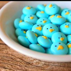 Adorable birds made from M&M's