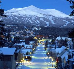 Breckenridge, Colorado with snow! Dry winter for all ski resorts. Best Christmas Light Displays, Best Christmas Lights, White Christmas, Christmas Time, Vacation Destinations, Dream Vacations, Vacation Spots, Vacation Rentals, Vacation Ideas