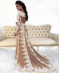 👏🏼👰🏻 Fim De Job ... Hoje foi dia de noivinha com esse vestido Deuso, revista Casamento perfeito, qd sair a Capa aviso vcs 👰🏻Eu amei , obrigada a toda equipe, vcs arrasaram! #noiva #casamento #vestidodenoiva #revistacasamentoperfeito @carmo.oliveira.351 estilista maraaaaa