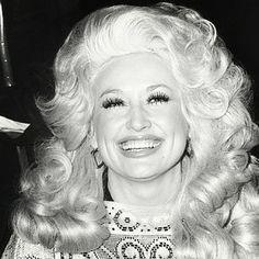 Dolly Parton 1977 Grammy Awards