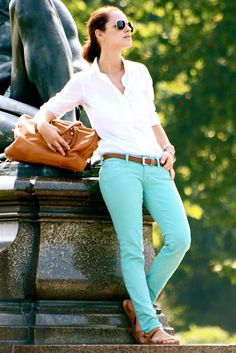 white button down, teal skinny jeans, brown belt, brown leather sandals, brown leather slouchy bag Mint Green Jeans, Mint Skinny Jeans, Mint Pants, Teal Jeans, Colored Skinny Jeans, Colored Pants, Colored Denim, Turquoise Jeans, Trends