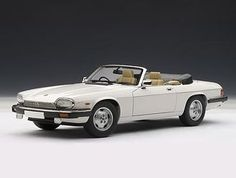 Silent Autos, the home of model cars brings you this Jaguar XJS Cabriolet White diecast model car by AUTOart in stock at the moment. We always have a large stock of car models at exceptitional prices. 2013 Jaguar, Jaguar Xj, Jaguar F Type, Convertible, Autoart Diecast, Jaguar Models, Jaguar Daimler, New Porsche, Models For Sale