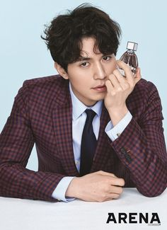 Lee Dong Wook shows up in Arena this month, modeling the Jimmy Choo cologne, MAN ICE. RAWR! Check it out! Source | The Star