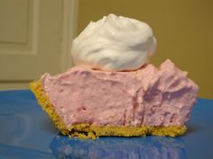 New fruit desserts healthy weight watchers cool whip 42 Ideas Jello Pie Cool Whip, Cool Whip Pies, Cool Whip Desserts, Healthy Fruit Desserts, Jello Desserts, Jello Recipes, Yogurt Recipes, Frozen Desserts, Easy Desserts
