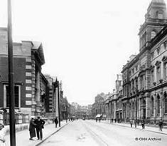 The Vivian Art Gallery on the left and Swansea Library on the right. Cymru, Swansea, South Wales, Welsh, 1930s, Art Gallery, Street View, Posters, Memories