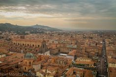 A first impression of Bologna in Emilia Romagna -Travel Photo MondaysTravel Photo Discovery