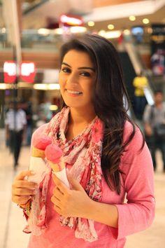 Hansika Motwani Photos Stills Gallery - Hansika Motwani Latest Images Cute Celebrities, Bollywood Celebrities, Celebs, Celebrities Fashion, South Actress, South Indian Actress, Indian Actress Photos, Indian Actresses, Most Beautiful Indian Actress