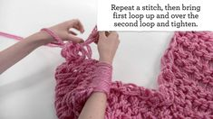 Arm Knitting for Beginners~~~~I already pinned a video tutorial on this, but I felt this one was easier to see.  :)