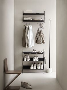 Modular Bedroom Storage Systems New 6 Of the Best Flexible Modular Storage Systems Catesthill Modular Shelving, Modular Storage, Storage Systems, Storage Shelving, Shelving Systems, Shoe Storage, Small Entryways, Small Hallways, String Regal