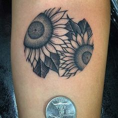 A sunflower tattoo is a symbol of happiness, luck, hope, and loyalty. We have found 61 of the prettiest sunflower tattoo designs. Sunflower Tattoo On Wrist, Flower Wrist Tattoos, Sunflower Tattoos, Sunflower Tattoo Design, Flower Tattoo Designs, Full Arm Tattoos, Circle Tattoos, Word Tattoos, Leg Tattoos