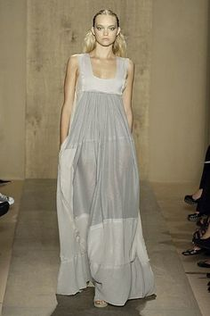 Donna Karan Spring 2007 Ready-to-Wear Collection Photos - Vogue