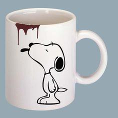 Qui aurait cru que Snoopy était un amateur de café?  Venez nous visiter au Crackpot Café pour réaliser votre prochain projet de peinture sur céramique! #morningCoffee